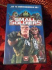 Small Soldiers,  rasante Trick-Abenteuer, FSK 12
