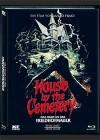 DAS HAUS AN DER FRIEDHOFMAUER,(DVD+Blu-Ray) - Cover C -
