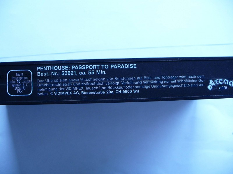 Penthouse : Passport to Paradise ...  ohne Cover !!