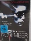 November - unheimliche Aufnahmen - Courteney Cox Arquette
