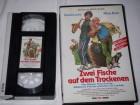 Zwei Fische auf dem Trockenen - VPS, VHS
