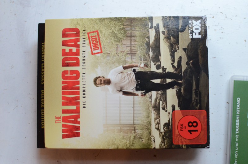 the walking dead komplette sechste staffel 6 blu rays. Black Bedroom Furniture Sets. Home Design Ideas
