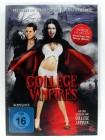 College Vampires - Dracula's Vampir Frauen zeigen Zähne