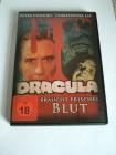 Dracula braucht frisches Blut (Christopher Lee)