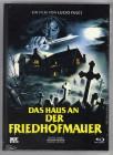 DAS HAUS AN DER FRIEDHOFMAUER DVD+Blu-Ray Cover B