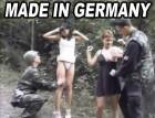 Deutsches, junges Mädchen hat Sex mit zwei Soldaten gleichze