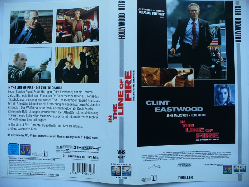 In the Line of Fire ... Clint Eastwood, Rene Russo ..  VHS