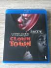 CLOWN TOWN (TCM TRIFFT AUF *ES*  - UNCUT