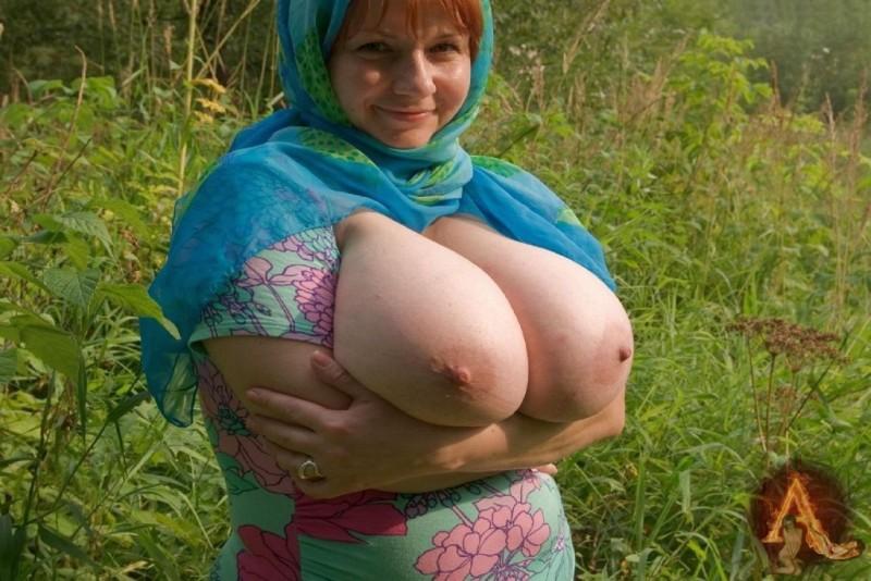 Frauen mit grossen natürlichen Brüsten 10x15cm DB-910