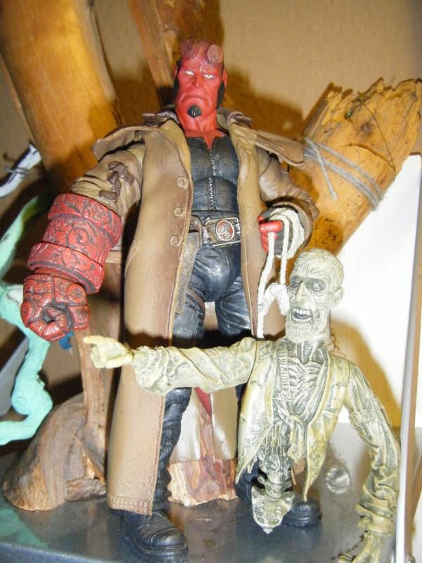 HELLBOY Movie Hellboy & Ivan