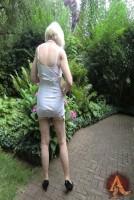 Frauen-Mädchen in Miedern und Nylons 10x15cm M-093