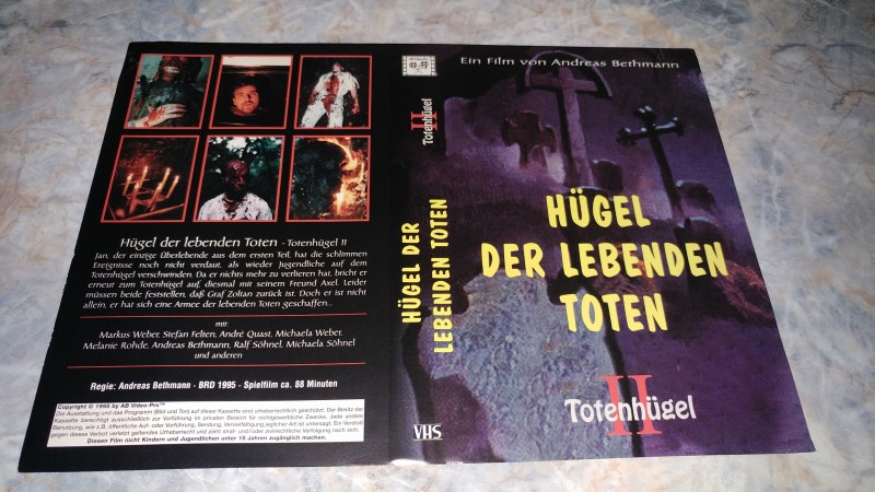 HÜGEL DER LEBENDEN TOTEN / ORIGINAL COVER