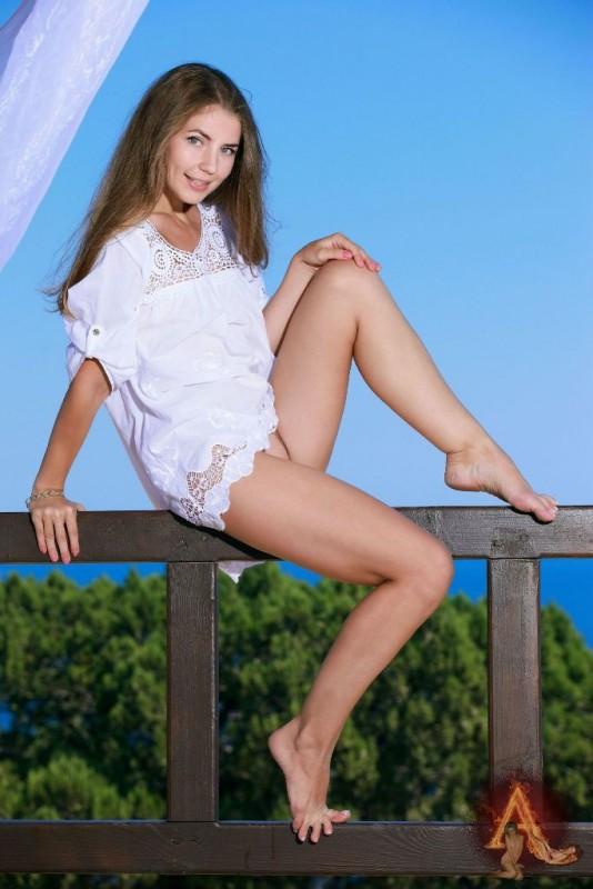 Sexy Mädchen in aufreizenden Posen Foto 10x15cm EN-562