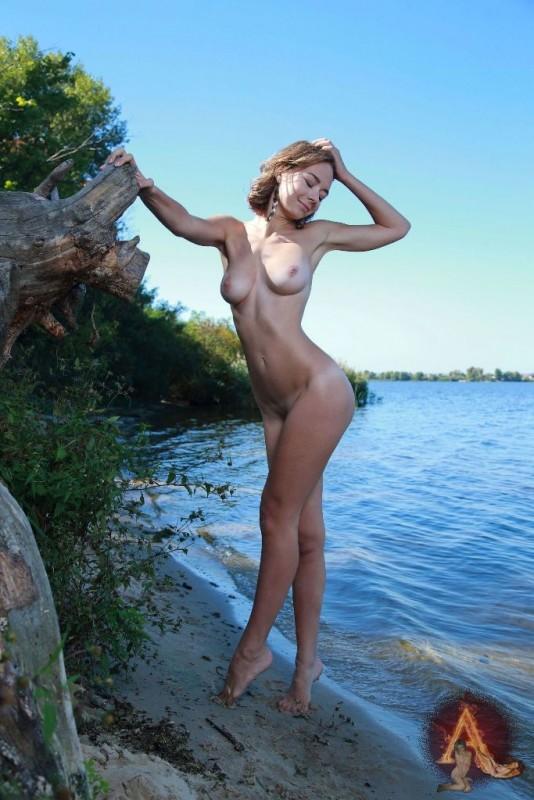 Sexy Mädchen in aufreizenden Posen Foto 10x15cm EN-539