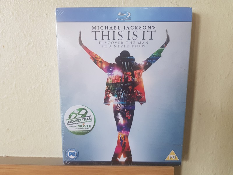 MICHAEL JACKSON`S  THIS IS IT  OVP