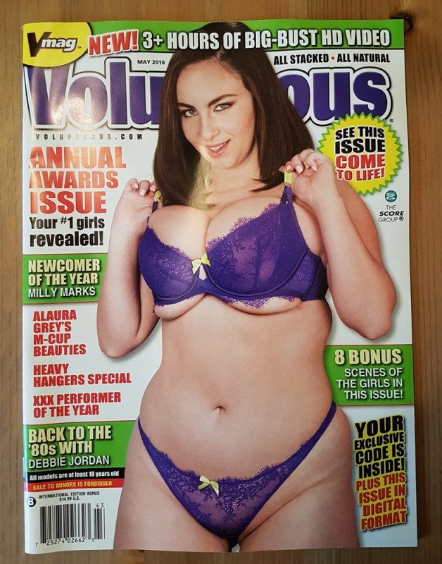Voluptuous VMag Score May Mai 2018 + DVD