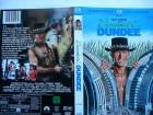 Crocodile Dundee ... Paul Hogan  ...   DVD
