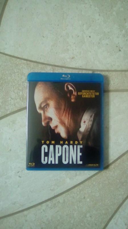 Capone Blu-ray